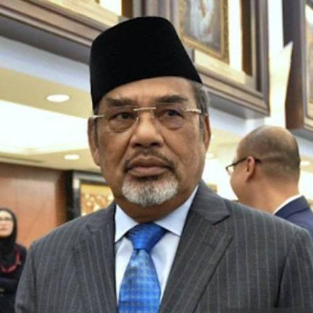 @sinar.harian 'Tajuddin tidak ditahan di lokap, sedang berehat di rumah'  Link Thumbnail | Linktree