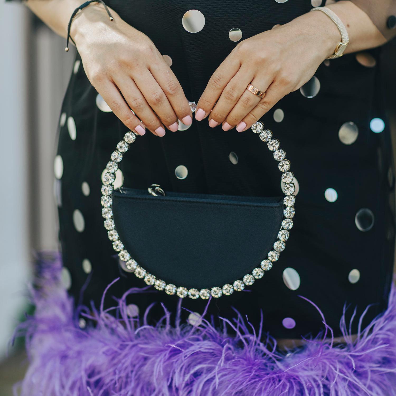 @fashionhr Prekrasna torbica ukrašena Swarovski kristalima koja krade svu pažnju Link Thumbnail | Linktree