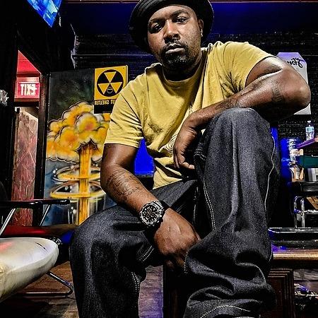 @jholmesmusic Genius Artist Article  Link Thumbnail   Linktree