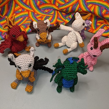 @stephweavestales Want cute crocheted critters or dice bags? Go shoppin' on Etsy Link Thumbnail | Linktree