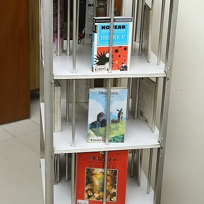 DAV14/10A GGM LIB. ON MOBILE BOOK OF THE WEEK: WAR AND PEACE Link Thumbnail | Linktree