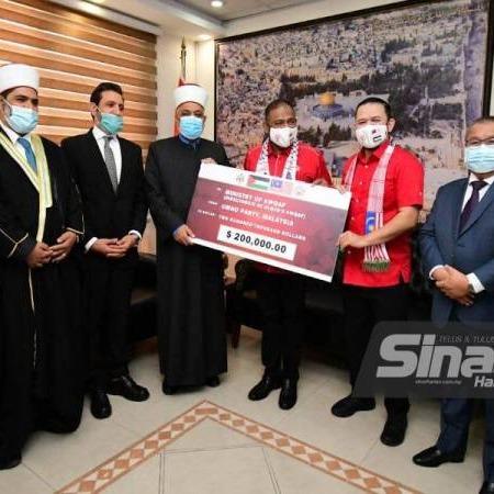 @sinar.harian UMNO bantu 1,000 keluarga Pelarian Palestin di Jordan Link Thumbnail | Linktree