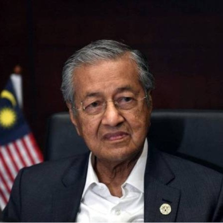@sinar.harian Tun M ulangi dakwaan tak mungkir janji isu serah jawatan PM kepada Anwar Link Thumbnail | Linktree