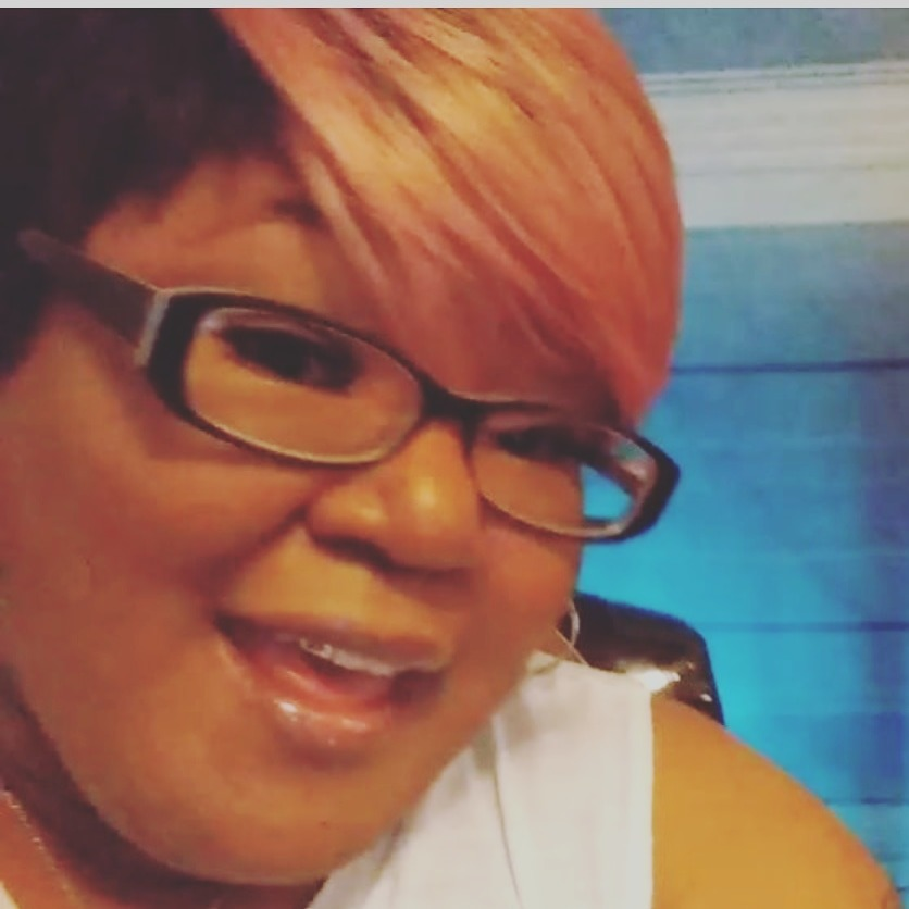 Tessa Allen (SpotlightRadioShow) Profile Image   Linktree