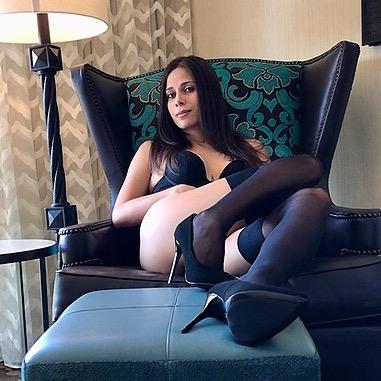 @JuliaBree Profile Image | Linktree