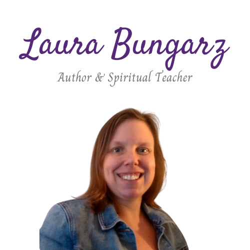 Laura Bungarz (laurabungarz) Profile Image   Linktree