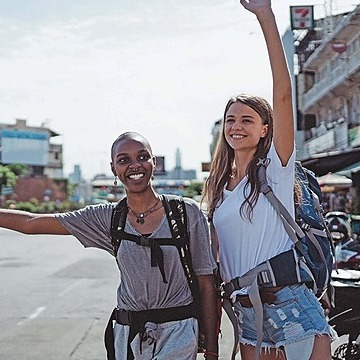 @LLSTravel Travel Classes - LGBTQ+ Travel Link Thumbnail   Linktree