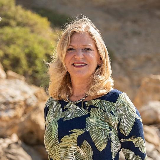 Kristen Olson Stone Fine Art (Kristenpaints) Profile Image | Linktree
