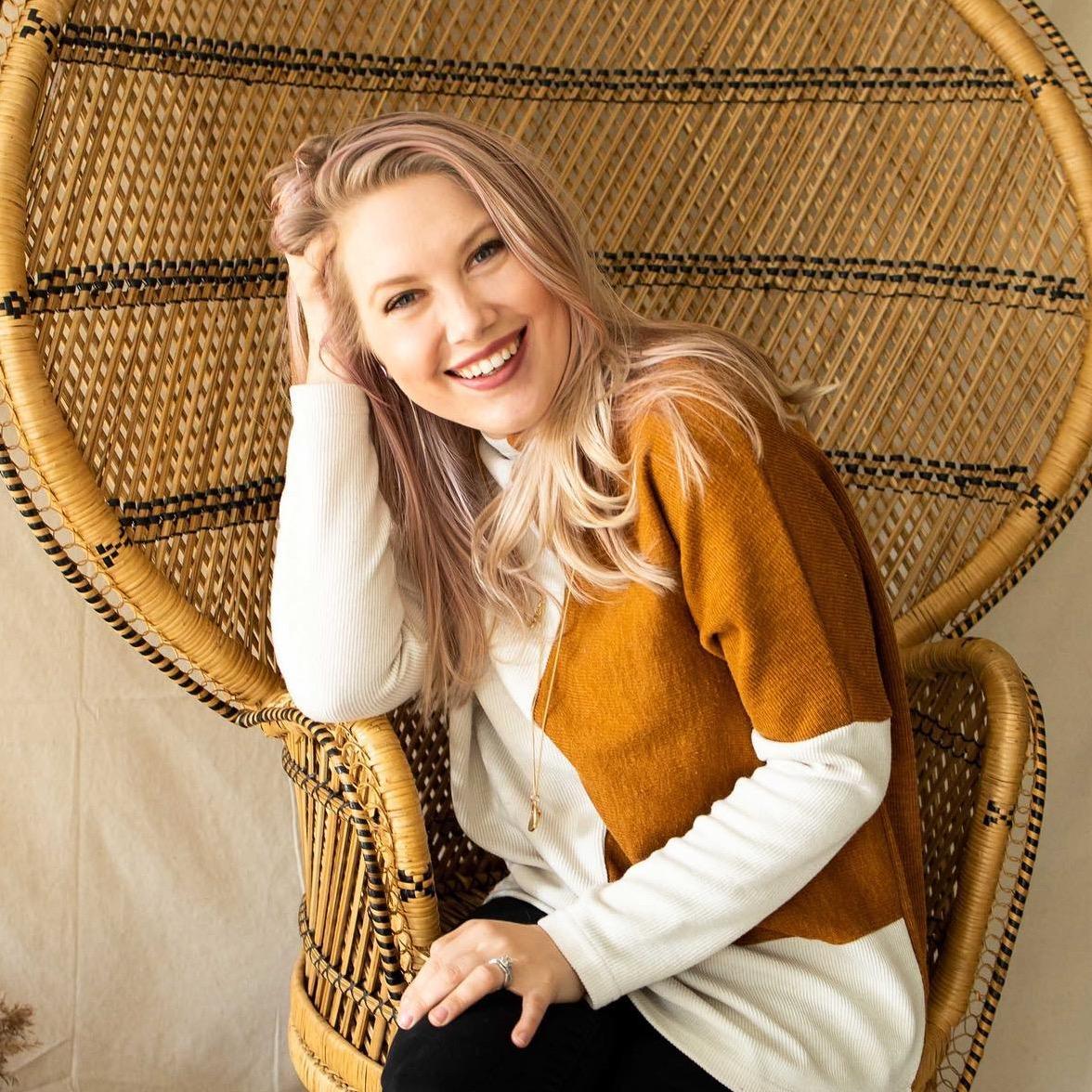 @DakotaSunflower Profile Image | Linktree