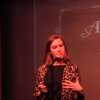 @LauraMcMahon Stand Up Link Thumbnail | Linktree