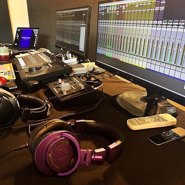 Carolina Antòn GoroGoro IL - Reseña Revista Soundcheck  Link Thumbnail | Linktree