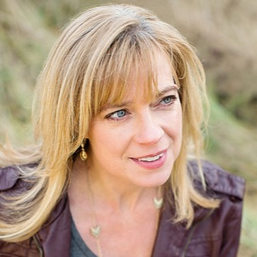 Stacy Bennett, Author (StacyBennettAuthor) Profile Image   Linktree