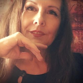 @singerluciewalker (LucieWalker) Profile Image | Linktree