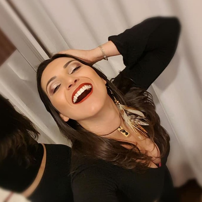 @Priscila_Castro Profile Image | Linktree