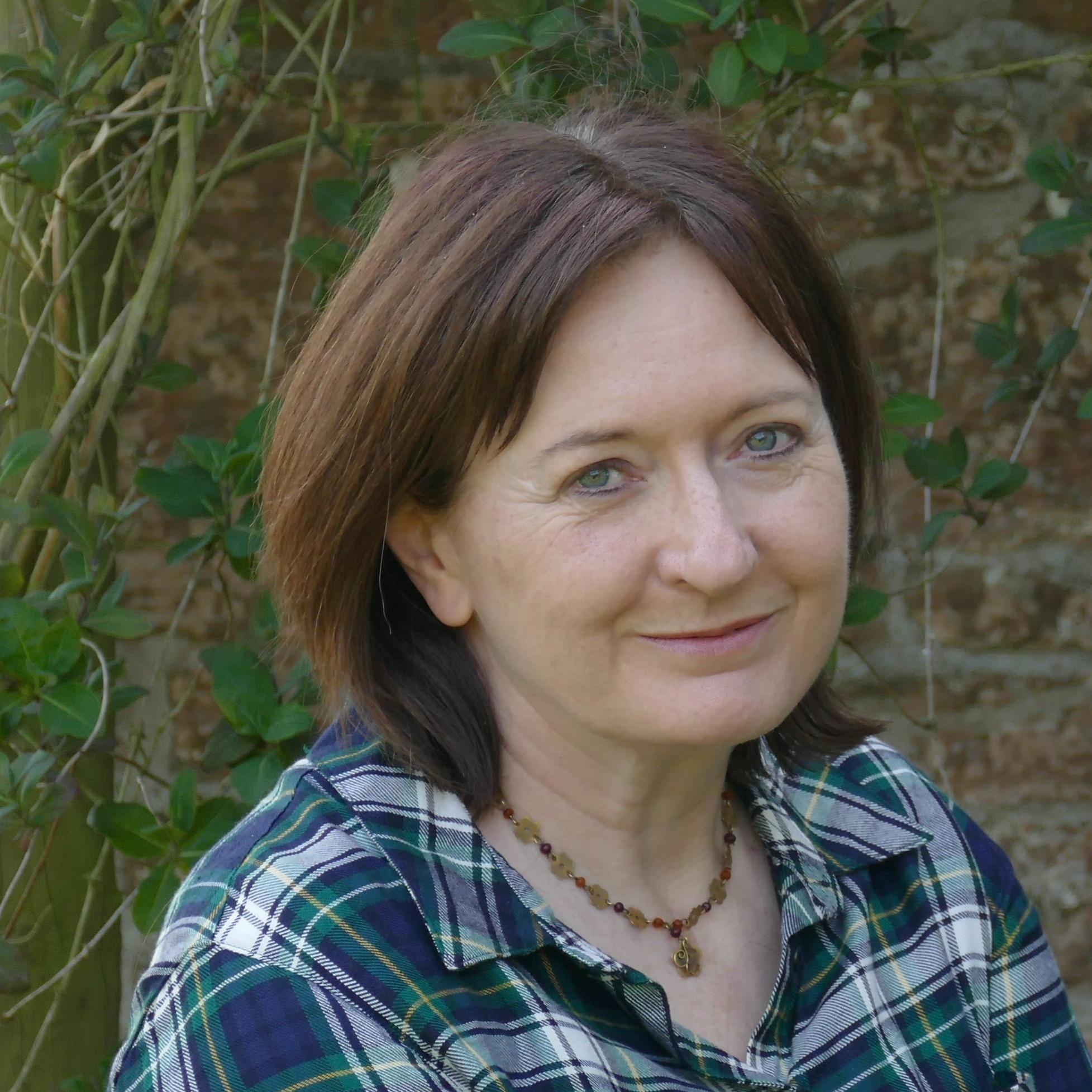Artist and Writer (lynnehendersonfisher) Profile Image | Linktree