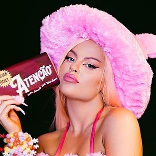 @LuisaSonza Profile Image   Linktree